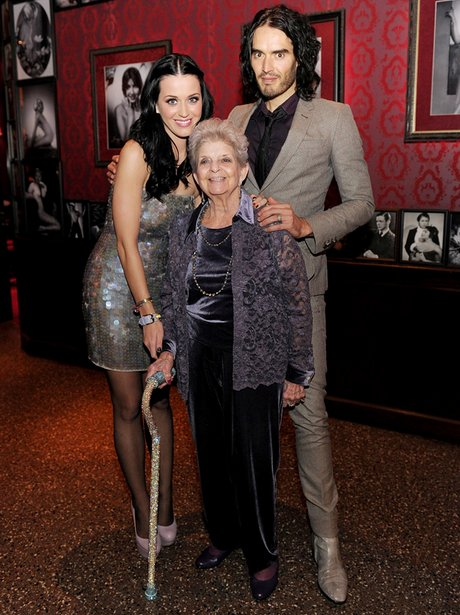katy perry and russell brand visit planet hollywoo