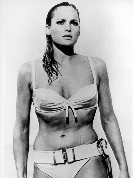 James Bond Ursula Andress Dr No