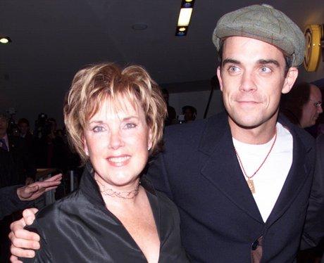 robbie williams with his mum