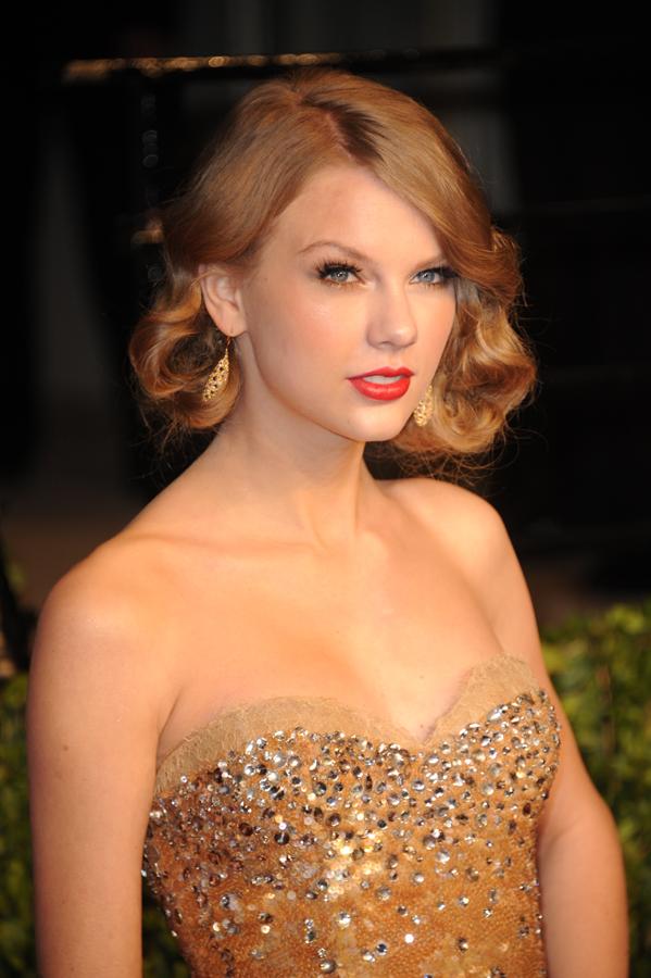 Taylor Swift Oscars Vanity Fair