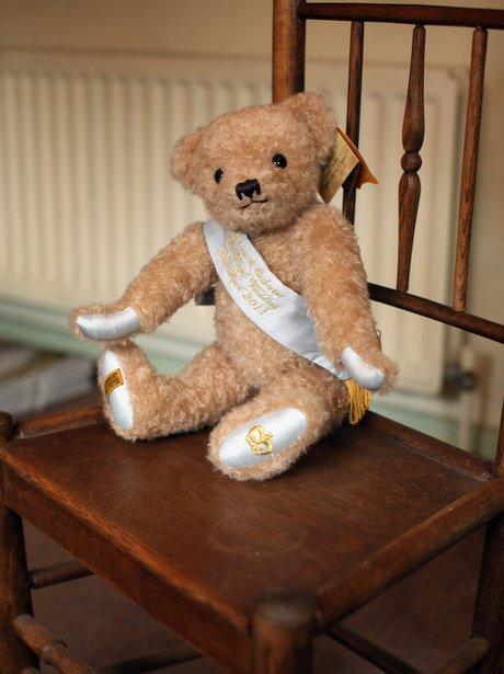 royal teddy