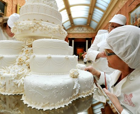 picture of royal wedding cake kate amp william s wedding cakes royal wedding cakes 18358