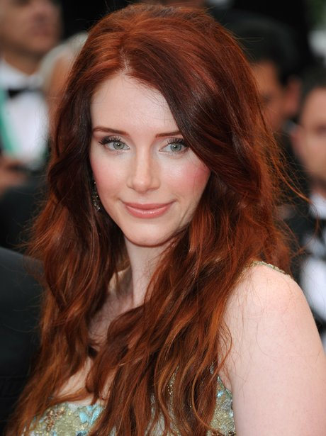 bryce dallas howard with long red hair