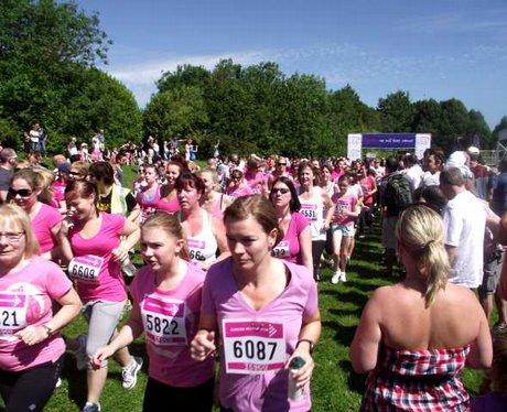 Race For Life Basingstoke 2011