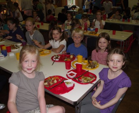 School Dinners Tour at Coombes CE Primary School