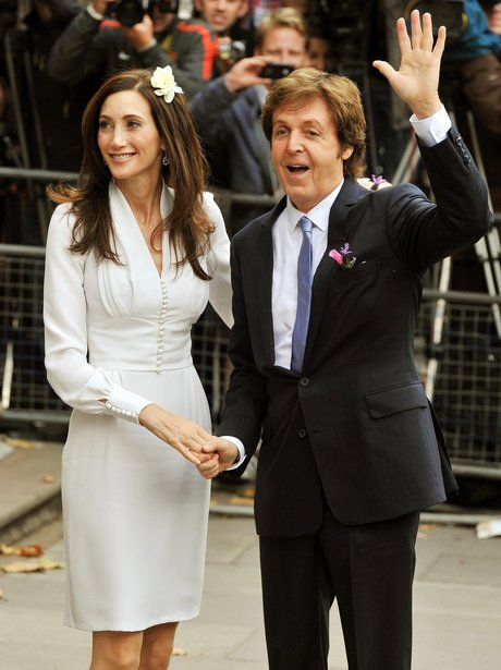 Sir Paul McCartney and Nancy Shevell wedding picture