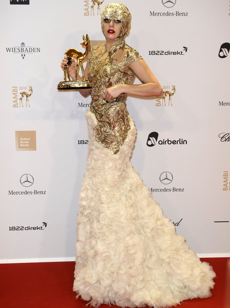 lady-gaga-at-bambi-awards1-1321017427-vi