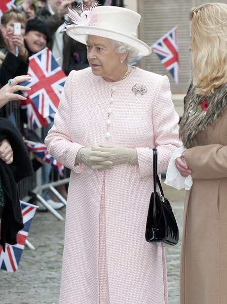 the queen visits margate