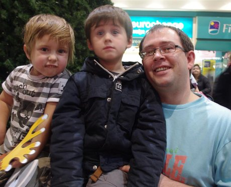 Redditch Kingfisher Christmas Lights Switch-On 201