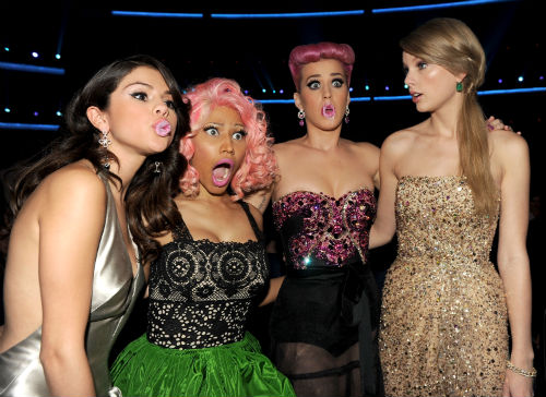 Nicki Minaj American Music Awards 2011