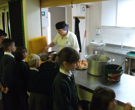 Pub Lunches In Haynes Lower School