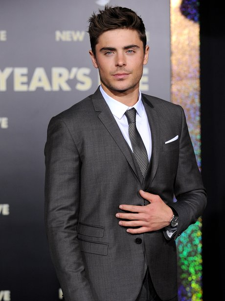 Zac Efron arrives for the New Year's Eve premiere