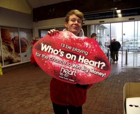 Who's On Heart Instant Cash Cards