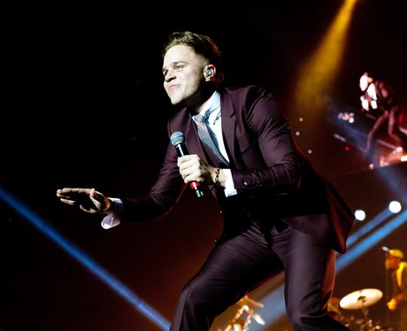 Olly Mutrs live on tour