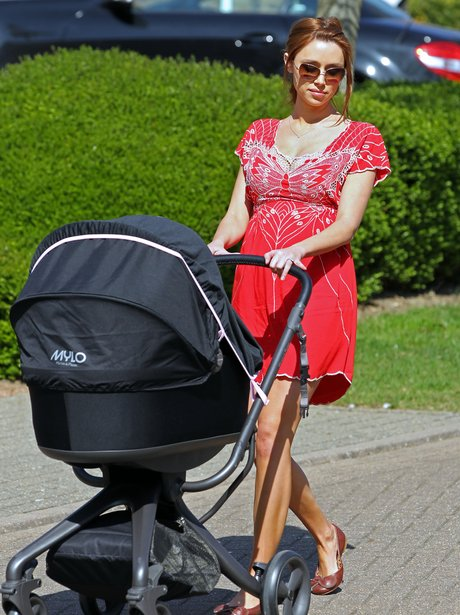 Una Healy And Baby Aoife Belle