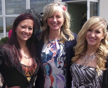 Heart at Wincanton Ladies Day