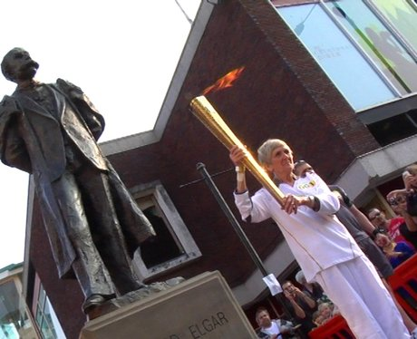 Olympic Torch leaves Worcester