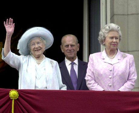 2000: Queen Mother Turns 100
