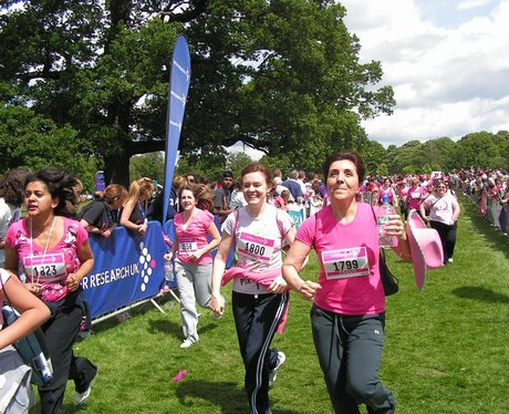 Race for Life at Cassiobury Park Watford - Crossin