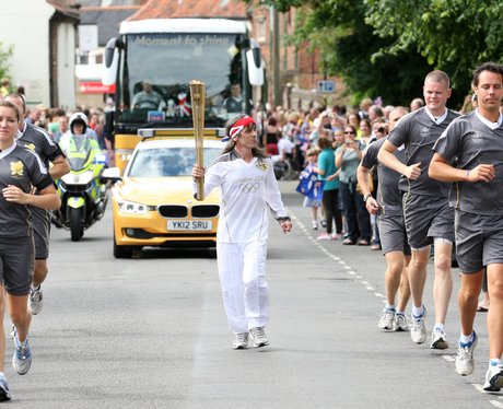 Torchbearers in Holt 1