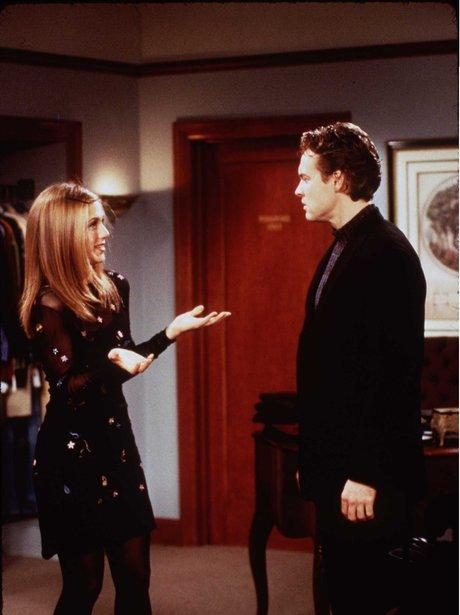 jennifer aniston as 'Rachel' talking to Tate Donovan on set