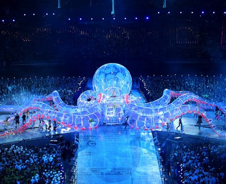The Olympic Closing Ceremony in Pictures
