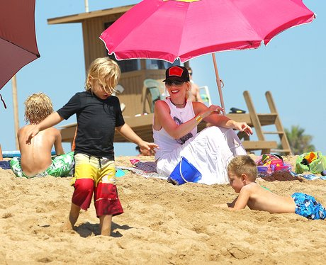 Gwen Stefani and her family on the beach