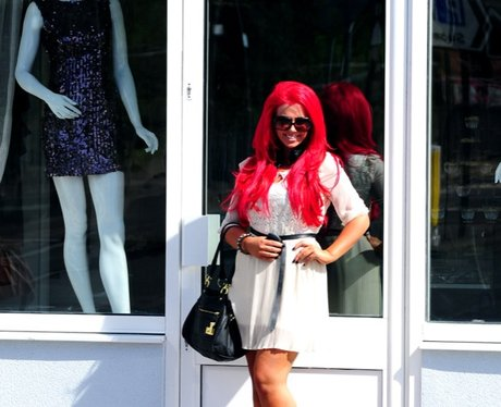 Amy Childs opens boutique