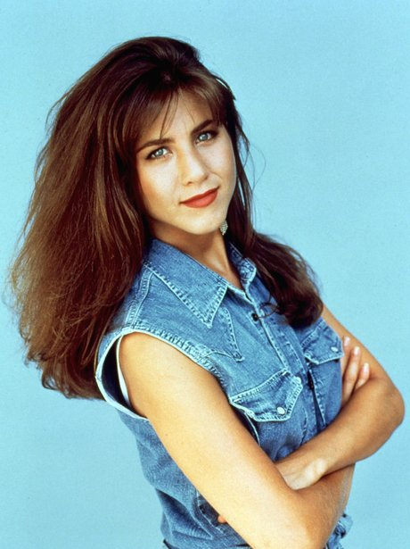 Jennifer Anistons Hair In Friends Set Trends The 90s This Hairstyle Did Not