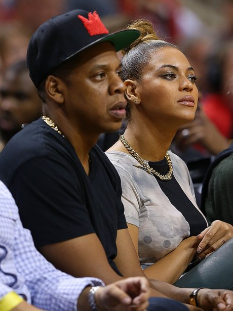 Beyonce and Jay-Z watch basketball together