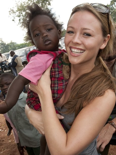 Kimberley Walsh climbing Kilimanjaro without makeup
