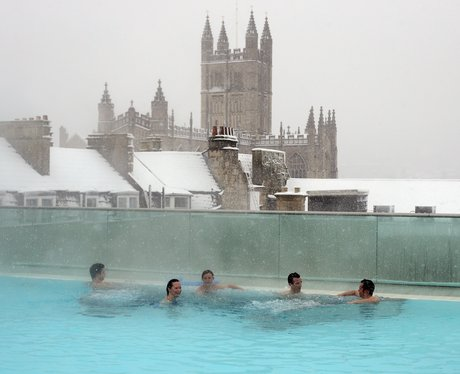 Bathers at Bath Spa in the snow