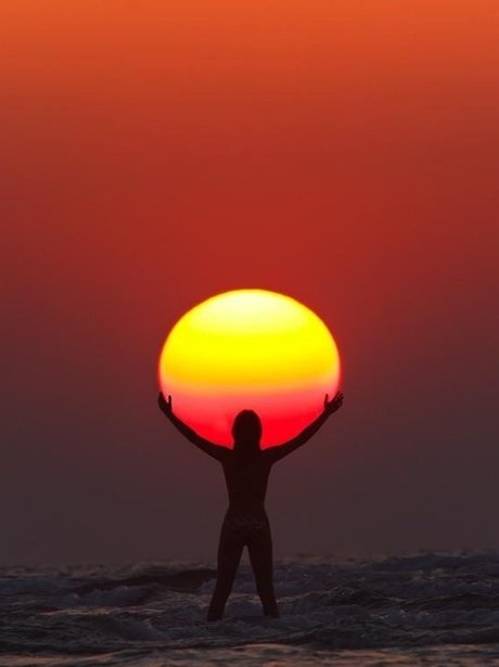 Sunrise - Weird & Wonderful Pictures Of The Week - 1st February 2013 - Heart