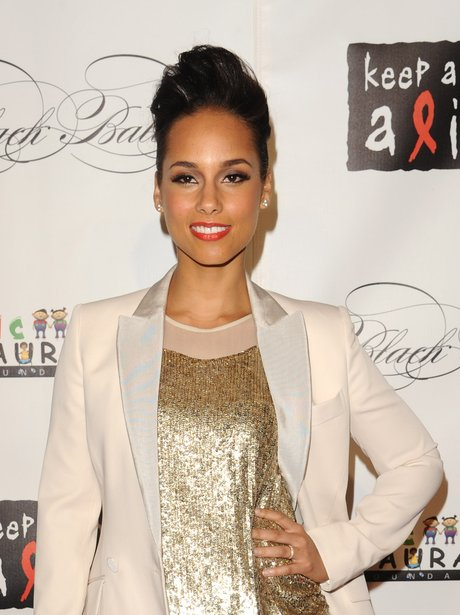 Alicia Keys wearing a top knot