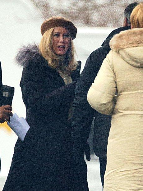 Jennifer Aniston on set