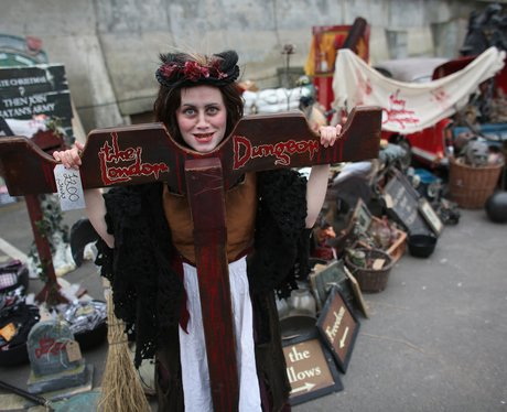 Props of the London Dungeons are sold off