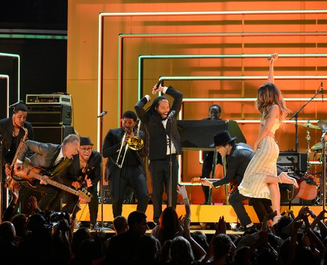 Bruno Mars, Ziggy Marley and Rihanna live at the 2013 Grammy Awa
