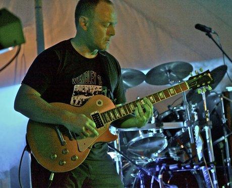 Bryn guitar