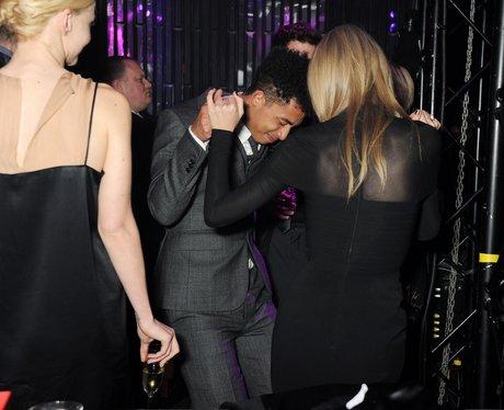 Taylor Swift and Rizzle Kicks BRITS 2013