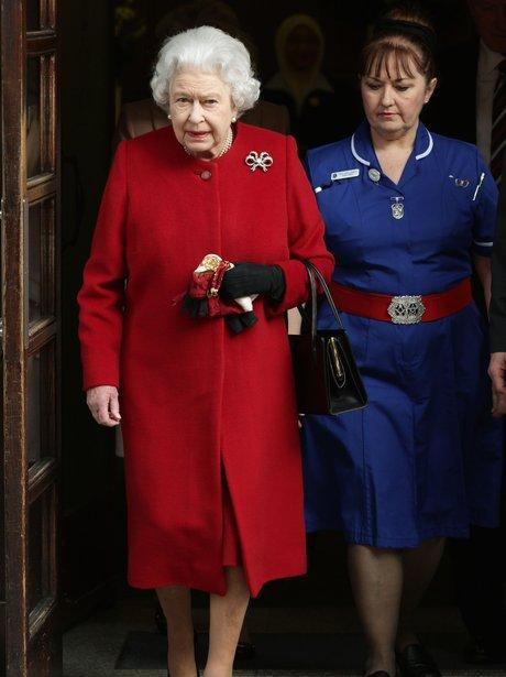 Queen Elizabeth discharged from hospital