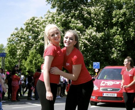 Great Smiles At Luton Carnival