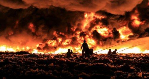 200 Firefighters At Smethwick Blaze Heart West Midlands