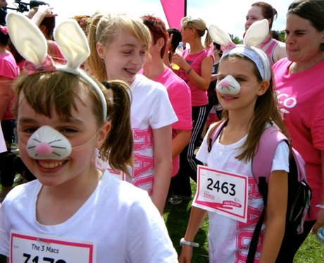 The Ladies at the Start line at Race for Life MK