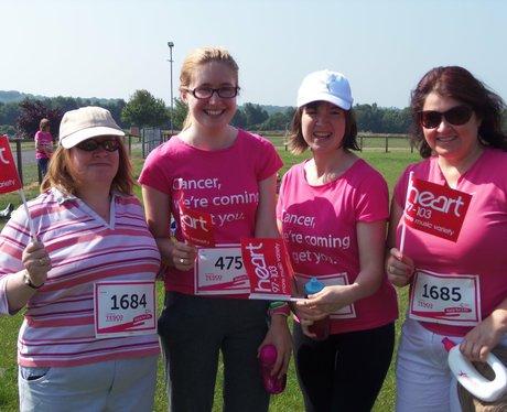 Newbury Race for Life - Cheering the Ladies