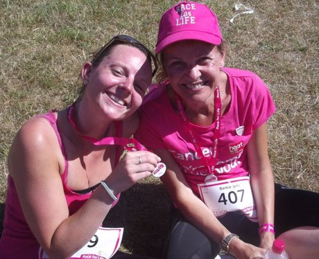Race For Life Street - The Finishers