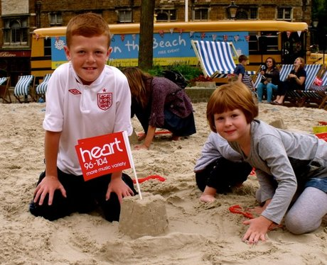 More snaps from Wellingborough Beach