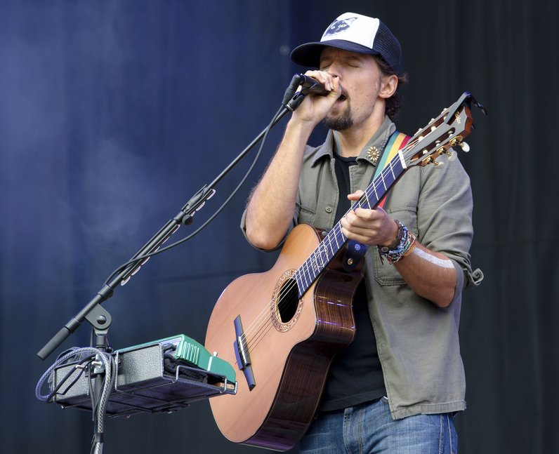 Jason Mraz at V Festival
