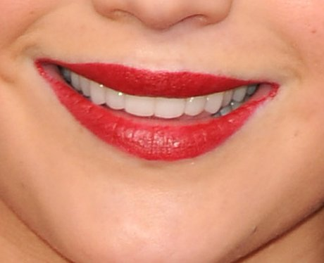 guess the celebrity red lips