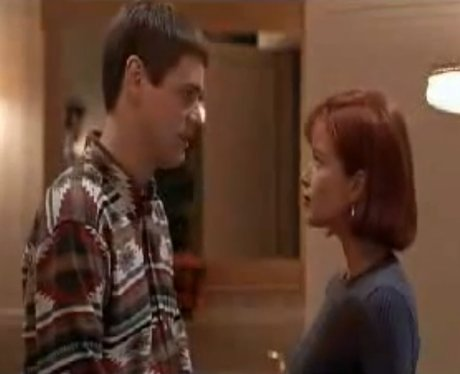 Jim Carrey And Lauren Holly in Dumb and Dumber