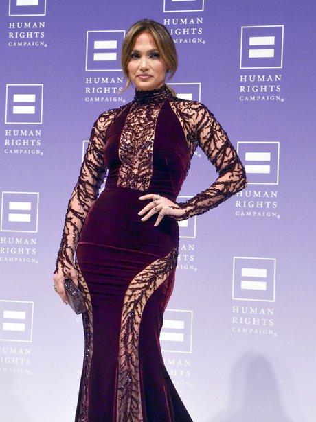 Jennifer Lopez attends the 2013 HRC National Dinn